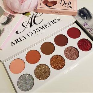Aria Cosmetics - Eyeshadow Palette